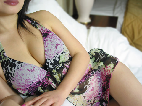 toronto escort with sexy lips